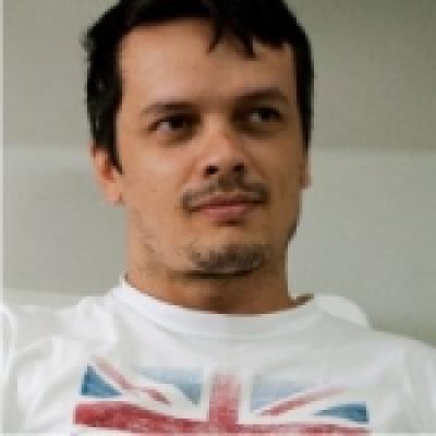 E. Souza